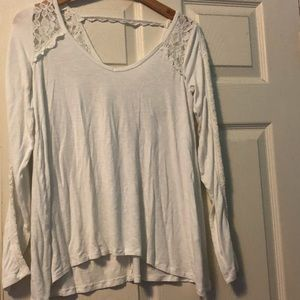 4/$20 Abercrombie and Fitch lace top